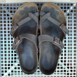 Birkenstocks Mayari sandals